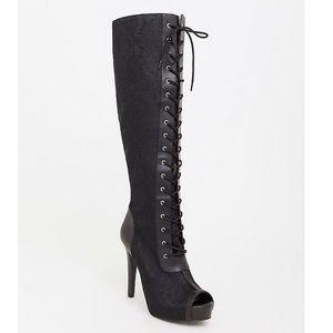 🖤Torrid over the knee boot 🖤